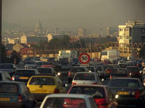 Lutte contre la pollution de l'air : difficile mise en oeuvre des ZAPA